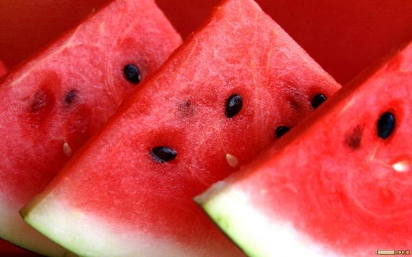 استخوان هایتان را با این میوه تابستانی قوی کنید