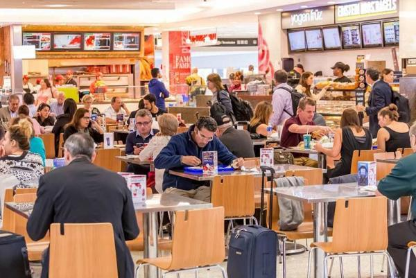 غذاهایی که نباید از هواپیما یا فرودگاه تهیه کنید